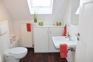 When it comes time to replace your old toilet cistern, where do you start?